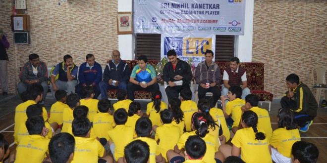 Olympian Nilhil Kanitkar interacts with BBA players at Garfa Sabuj Sangha